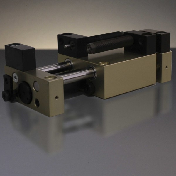 Linear Unit LEM-6-MS-90-H-0-0-P, with sideway-stop-system and dampers
