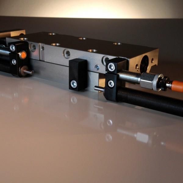 Lineareinheit LSK-6-SK-200-H-0-0-P m. hydr. Dämpfg