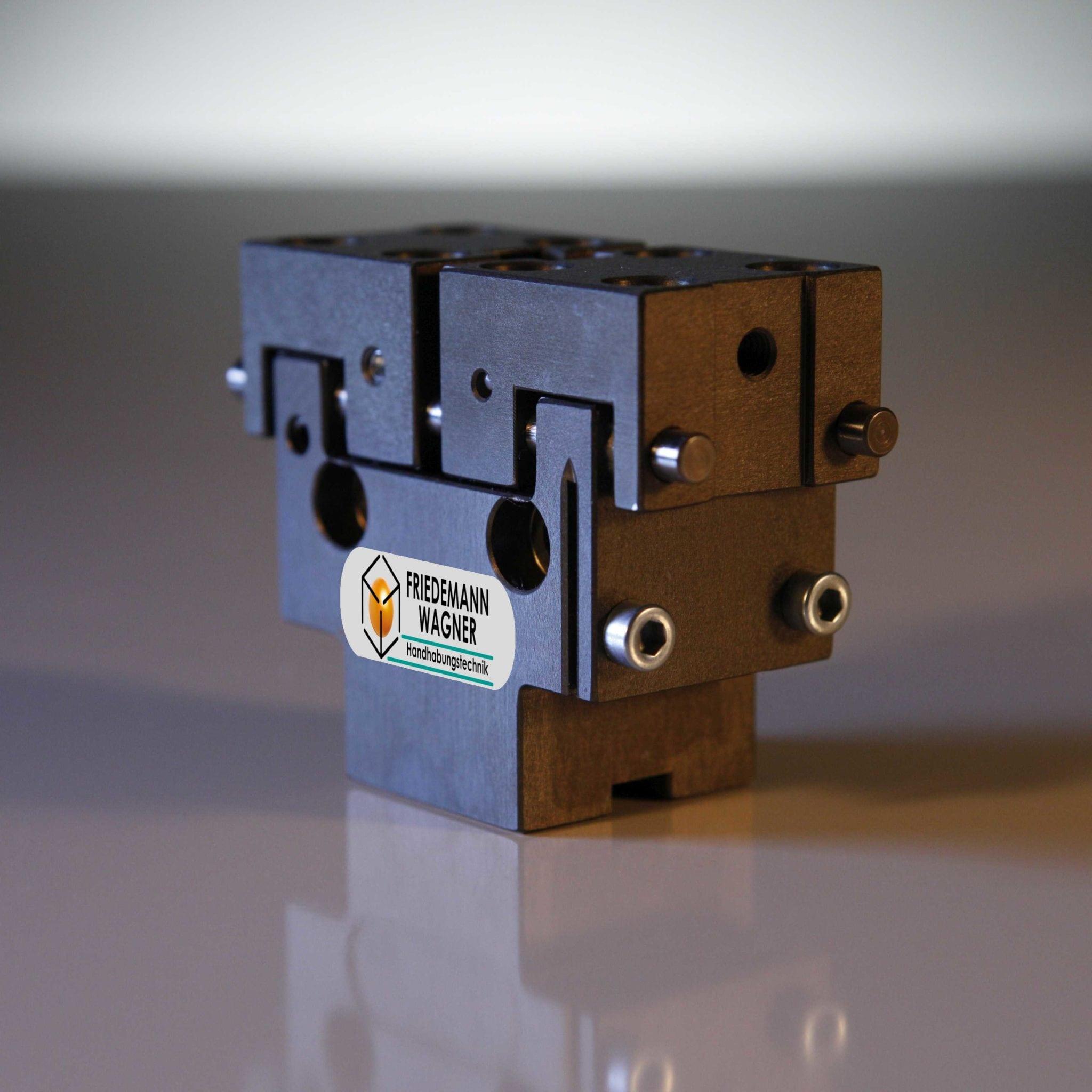 Parallelgreifer PGM - Einsatz von Sensoren